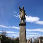 Une statue du cimetière