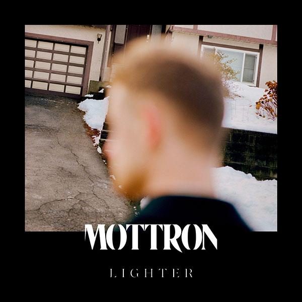 Mottron - Lighter